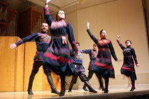 zedashe-dancing